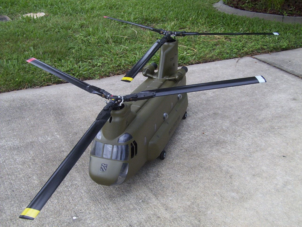 blackhawk helicopter model kits with Rc Helicopter Chinook on Uh 60a vG NRcJSz98EGVKxf9bU6TmwqpikRflyLvyzC ylf1k together with Custom Army Lego Model Sets besides O S Engines Dust Cover Rc Engine Part besides Rc Helicopter Chinook likewise Uh 60l Blackhawk.